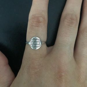 Sterling Silver Ring Geometric Pattern Size 6